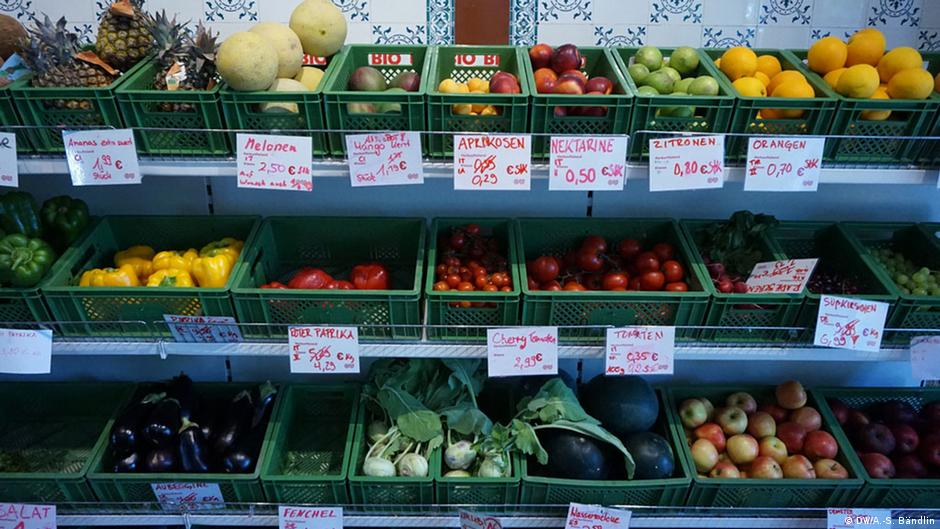 The true cost of Germany′s cheap food | Environment| All