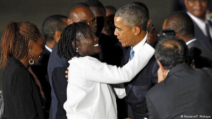 Barack Obama in Kenia mit Halbschwester Auma Obama