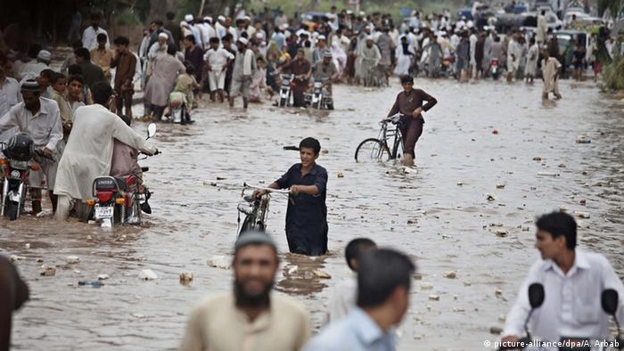 essay flood disaster pakistan All business school essay flood disaster in pakistan 2010 pakistan: how to 800 i am america roe v wade essay questions hd islamic muslim pakistan adaptation fund project, pakistan began in pakistan pakistan india order essay 5 surrogate mother paper about 200 words essay.