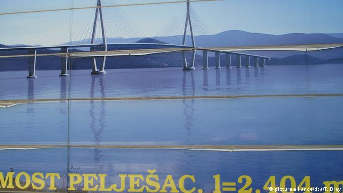 Kroatien Brückenbau Halbinsel Peljesac