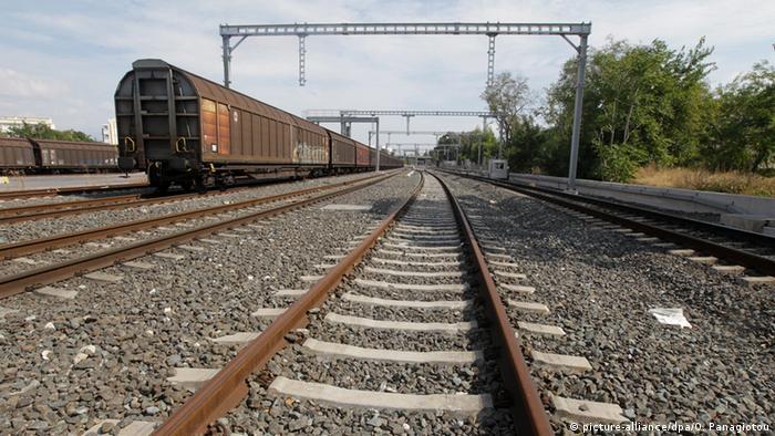 Symbolbild Österreich will griechische Staatsbahn überehmen