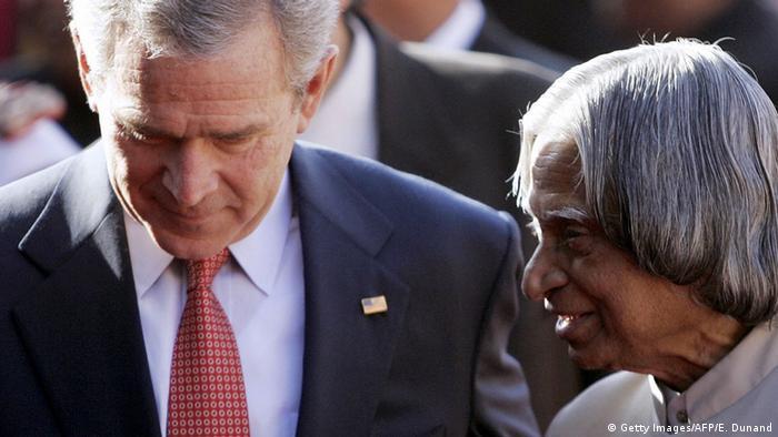 Indien Präsident Abdul Kalam George Bush (Getty Images/AFP/E. Dunand)