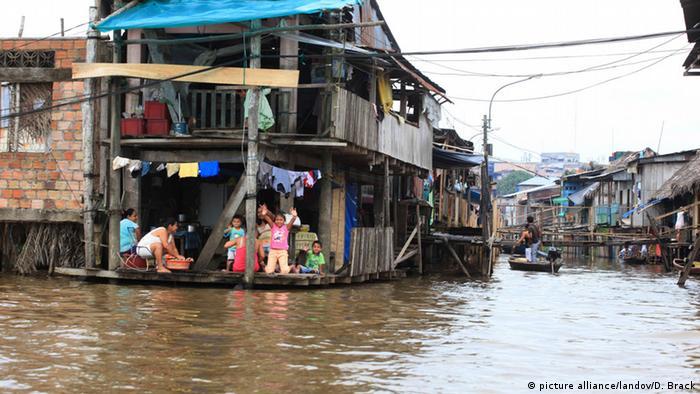 El Nino Phänomen Überflutung in Peru