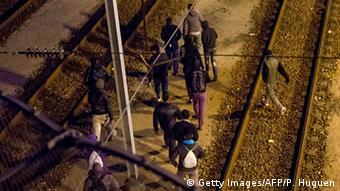 Frankreich Flüchtlingsansturm auf Eurotunnel