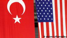 USA Türkei Flaggen Symbolbild (picture-alliance/dpa)