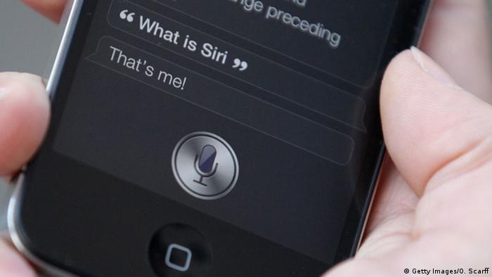 Symbolbild Apple Siri (Getty Images/O. Scarff)
