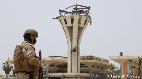 Jemen Konflikt saudischer Soldat am Flughafen von Aden