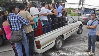 La población busca otros medios de transporte.