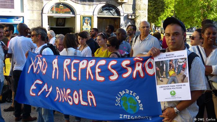 Portugal Demonstration in Largo de São Domingos in Lissabon (DW/J. Carlos)
