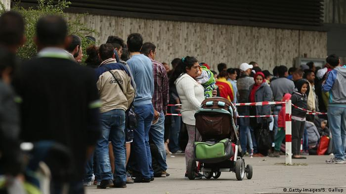 Deutschland Zentrale Aufnahmestelle für Asylbewerber Berlin (Getty Images/S. Gallup)