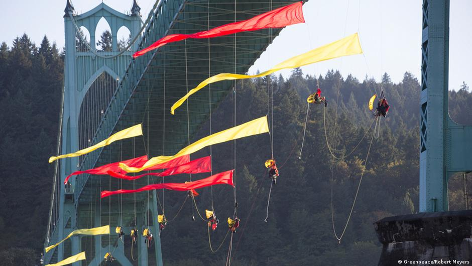 US Greenpeace protests in Portland