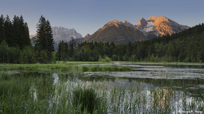 Das Bergmassiv Watzmann in den Berchtesgadenen Alpen Foto: imago/R.Mirau