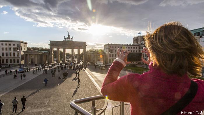 Das Brandenburger Tor in Berlin Foto: imago/Jochen Tack