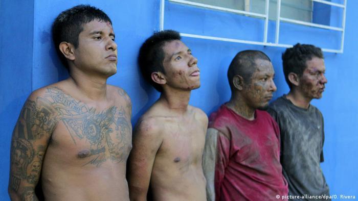 Miembros de Mara Barrio 18, detenidos en El Salvador