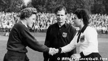 Essen DFB Verbot Frauenfußball Deutschland Niederlande 1956