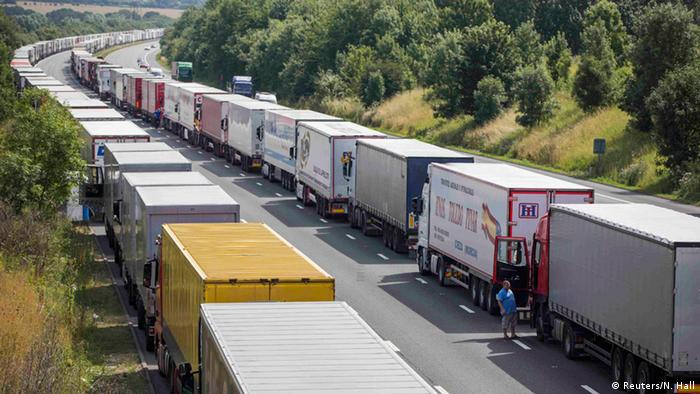 Trucks lined up near Dover (Reuters/N. Hall)