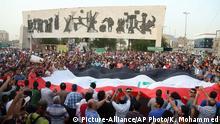 Irak Protest auf dem Tahrir-Platz im Zentrum von Bagdad