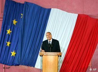 El presidente francés saca a relucir el poderío nuclear francés.