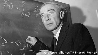 USA Robert Oppenheimer