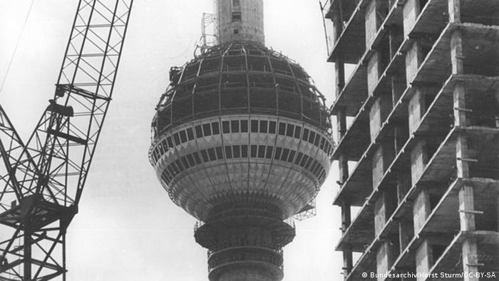 Строительство Берлинской телевизионной башни
