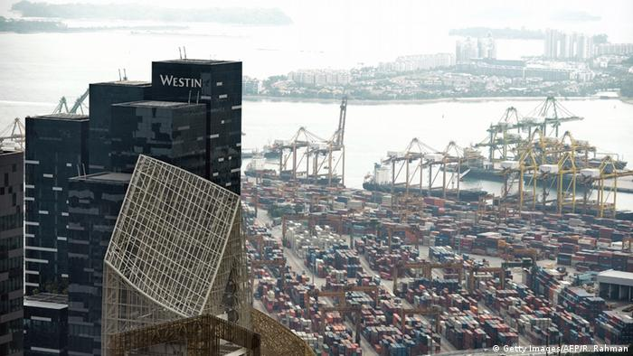 A general view of the container port in Singapore on May 7, 2014 (Photo: ROSLAN RAHMAN/AFP/Getty Images)