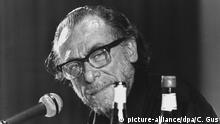 Der US-amerikanische Schriftsteller Charles Bukowski