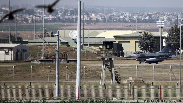USA fliegen Luftangiffe in Syrien Incirlik Air Base ARCHIV