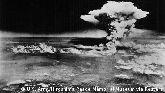 Pilzförmige Wolke nach dem Abwurf über Hiroshima am 6. August 1945 (Foto: Reuters)