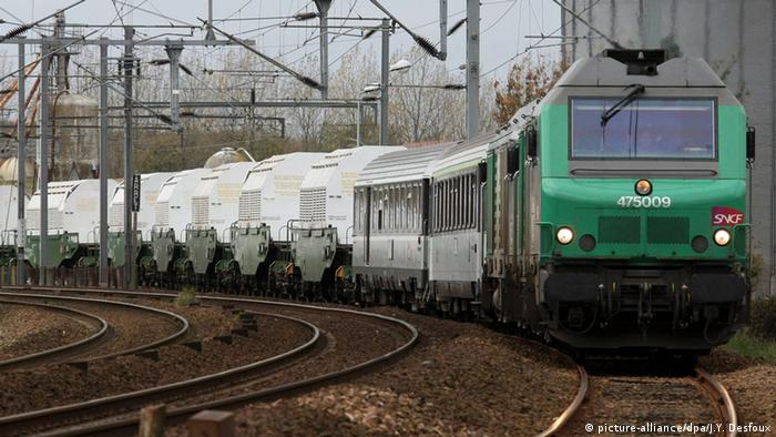 Frankreich Castor-Transport mit Atommüll
