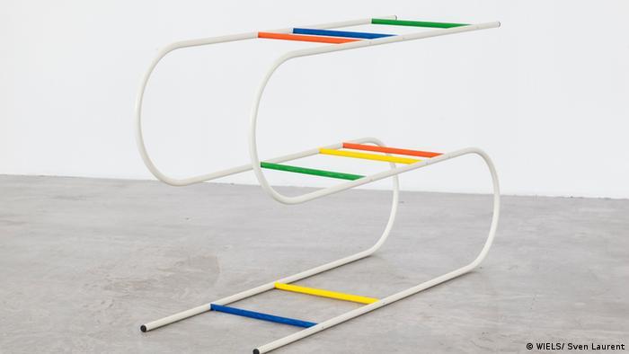 Skulptur der Künstlerin Erika Hock