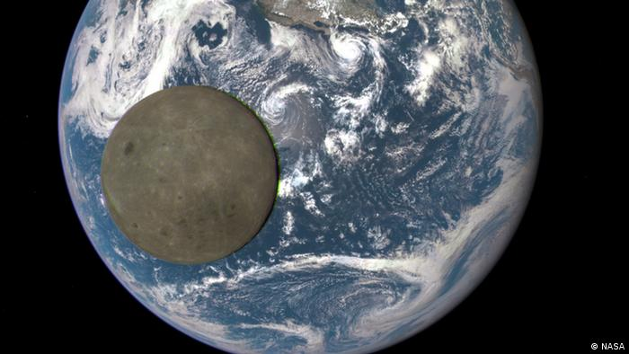 Photos Show Earth From Dark Side Of The Moon News DW - World from satellite