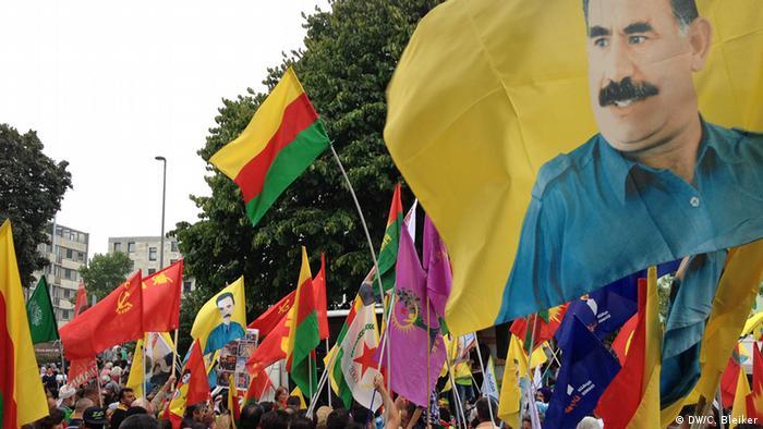 Kurden Stoppt den Krieg- Demo in Köln