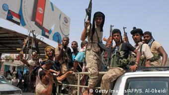 Jemen regierungstreue Truppen erobern Provinzhauptstadt im Südjemen
