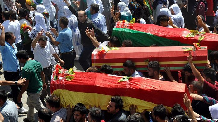 Türkei Beerdigung Kurden Opfer Schusswechsel