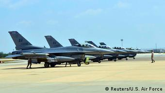 US Air Force F-16s