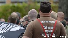 Deutschland Neonazi Aufmarsch in Saalfeld