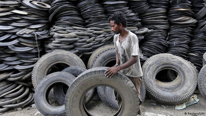 Indien Reifenrecyclinganlage (Reuters/UNI)