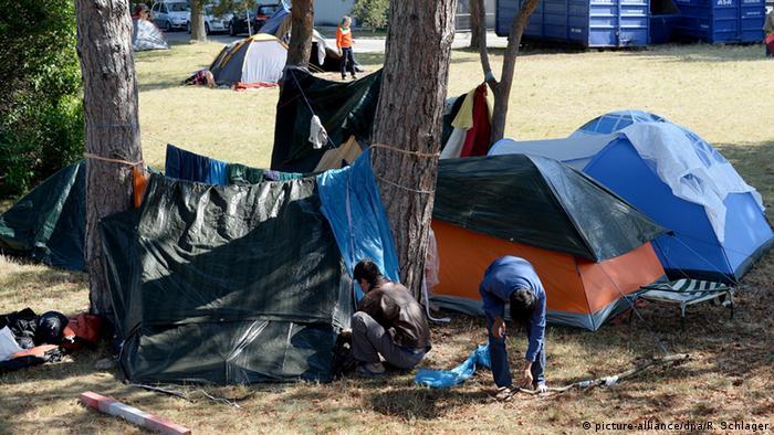 Österreich Flüchtlingsunterkunft in Traiskirchen
