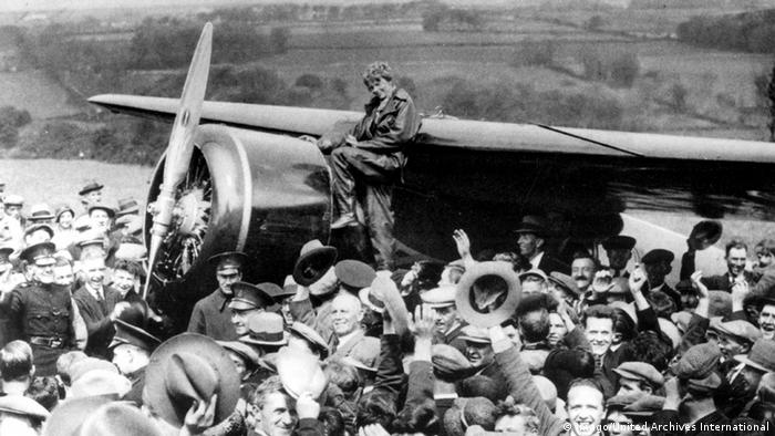 Amelia Earhart and her aircraft in Ireland, 1932