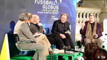 Kopfballspieler Weltfussball trifft Weltliteratur FIFA Kulturprogramm