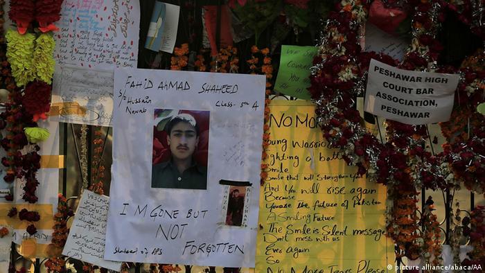 Symbolbild Taliban-Angriff in Pakistan Todesstrafe für Schulmassaker