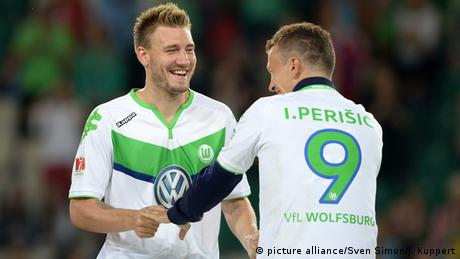1. Bundesliga: . Nicklas Bendtner und Ivan Perisic vom VFL Wolfsburg in Aktion (Foto: picture alliance/Sven Simon/J. Kuppert)(Bildergalerie)