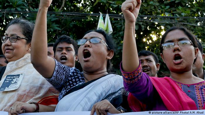 Bangladeshi activists who demand death penalty for war crime convicts shout slogans as they protest the killing of secular blogger Niloy Chottopadhay, in Dhaka, Bangladesh, Tuesday, Aug. 11, 2015 (AP Photo/ A.M. Ahad)