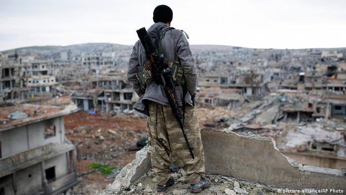 представитель отряда курдов в Кобане