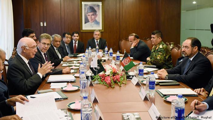 پایان سفر کوتاه و بی دستاورد هیئت افغان به پاکستان؛ پاکستان به هئیت افغان هیچ ارزشی نداد