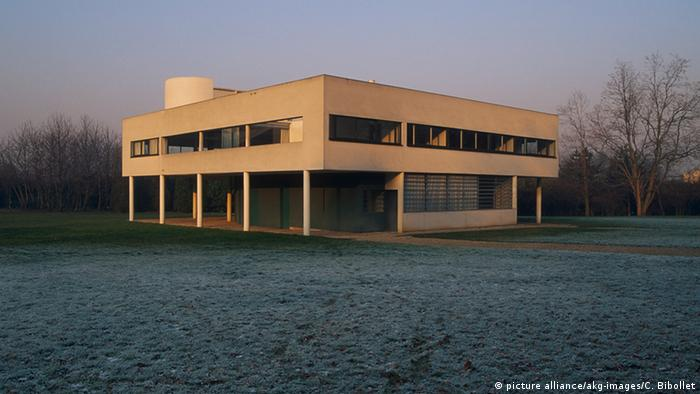 Le Corbusier Villa Savoye (picture alliance/akg-images/C. Bibollet)