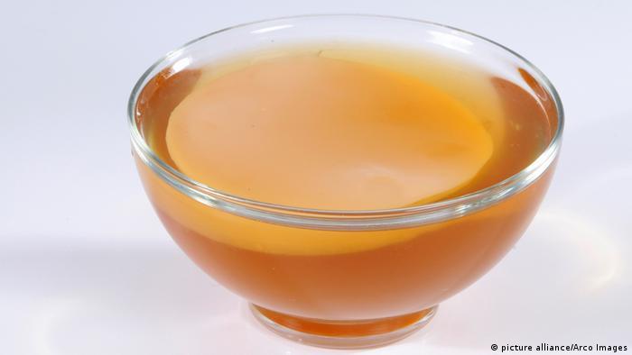 المواد الحرارية الموجودة في الشاي الأخضر تعزز من عملية تحويل الطاقة الغذائية إلى حرارة الجسم