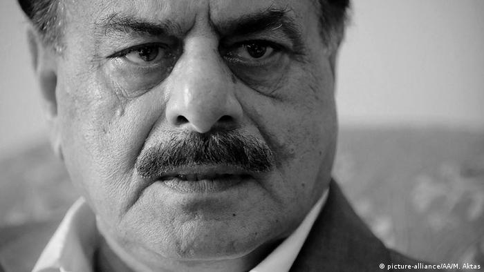 Hamid Gul, former director-General of the Pakistan's Inter-Services Intelligence (ISI), speaks to the media on October 31, 2014 in Islamabad, Pakistan (Photo: Metin Aktas / Anadolu Agency)