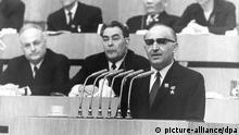 Bulgariens Sofia Parlament Premierminister Todor Schiwkow 1971