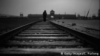 Vías del tren hacia Auschwitz.